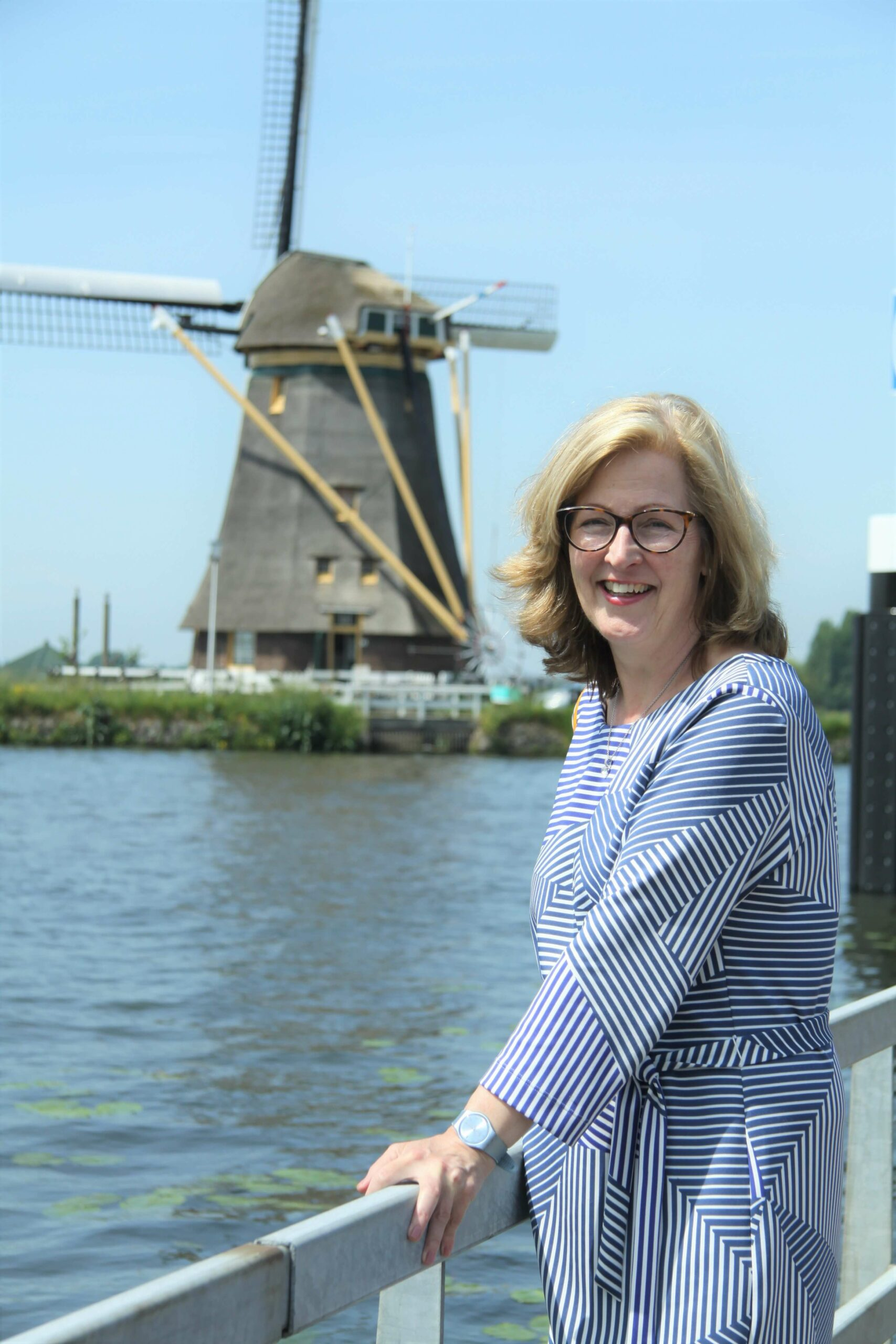 learn Dutch for expats - Active Dutch - about Anouk